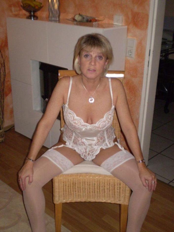 fickrige-Hausfrau